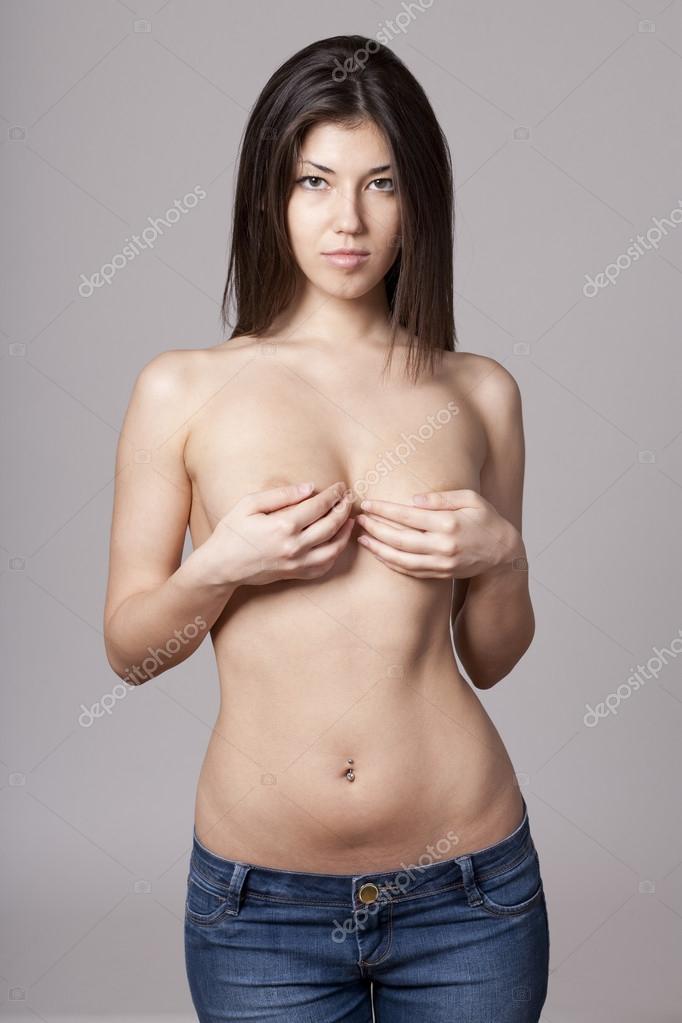 hands-on-hip-topless-naked-lauren-gottieb